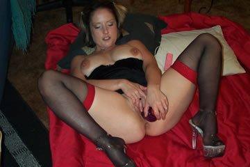 Egy játékos feleség szexképei