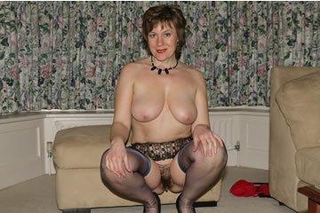 Loretta - meztelenkedik a nagymama