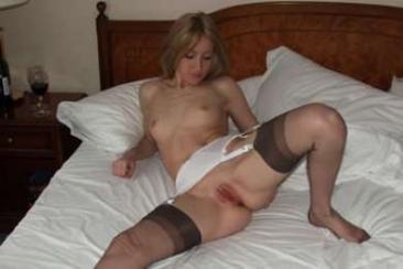Katja - szexi harisnya és házipornó