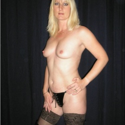 20130203-milf-feleseg-szexfotok-110..jpg